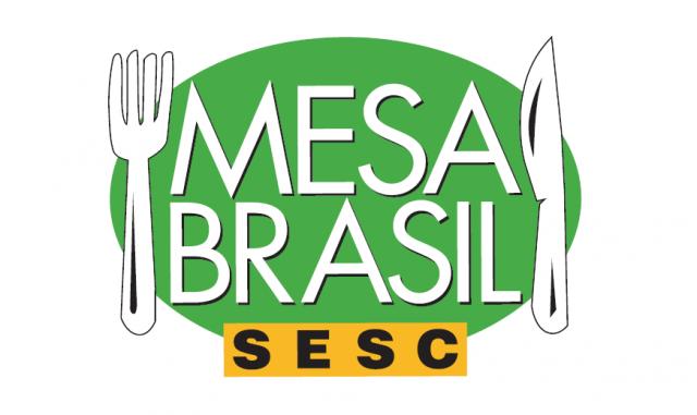 Mesa Brasil Sesc recebe 4 toneladas de abacaxis para doação a instituições assistenciais